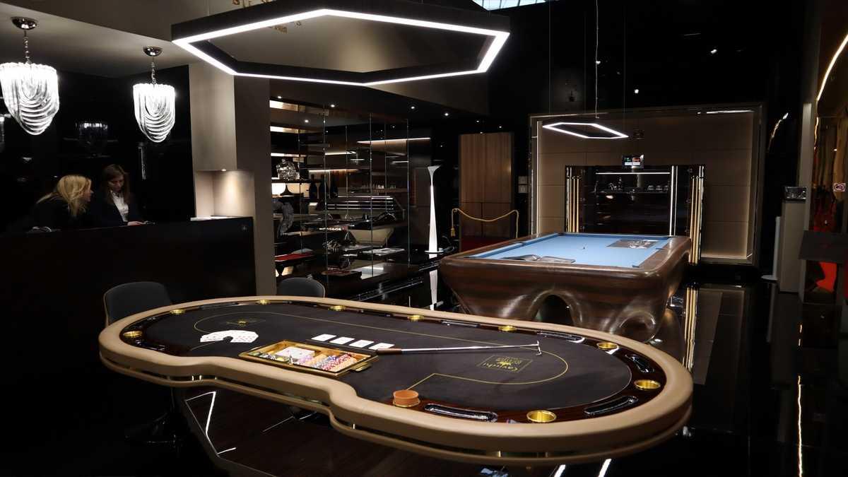 Progetti arredo di lusso Interior: Game Rooms - Billiard Rooms - Poker Rooms - Cigar Rooms